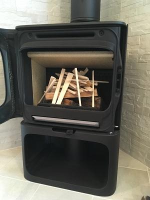 トップダウン着火の薪の組み方