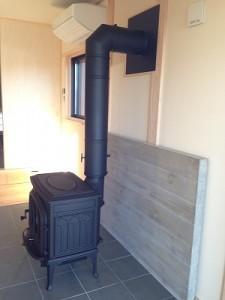 薪 ストーブ 壁 貫通 二重 断熱 煙突 ダンパー