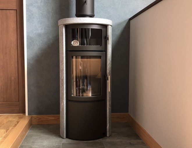ヒタ ノルン ソープストーン+オーブン 設置させていただきました。