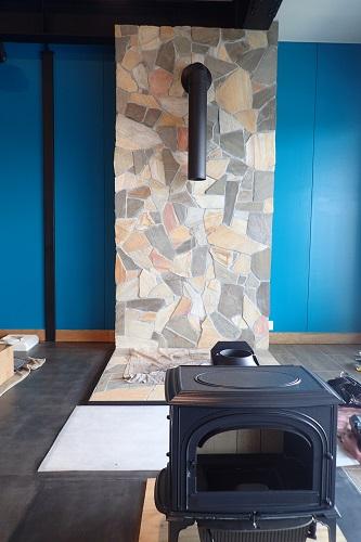 トイファクトリー様の新社屋でヨツール F500 BBE (ブルーブラックエナメル)の設置工事